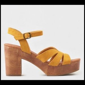 American Eagle Wedges Size 7 New